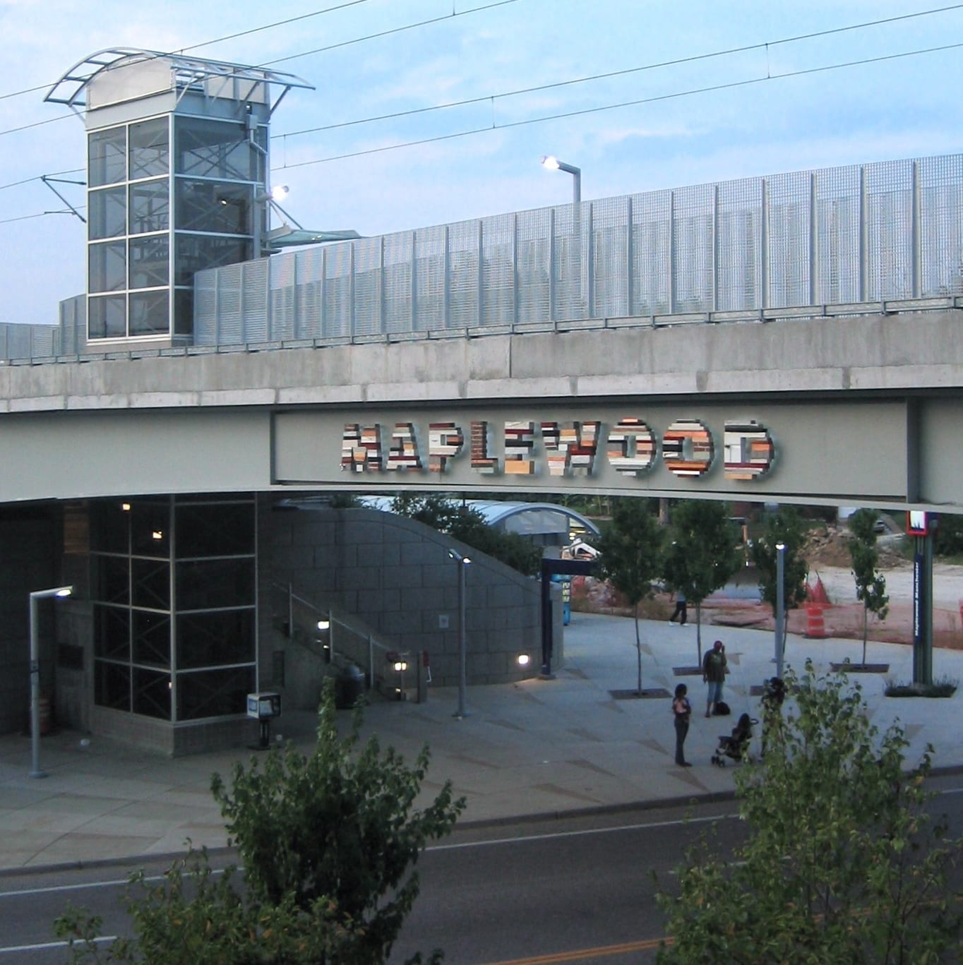 Maplewood-Manchester MetroLink station; image by Millbrooky, CC BY-SA 3.0, from Wikimedia Commons, no changes.