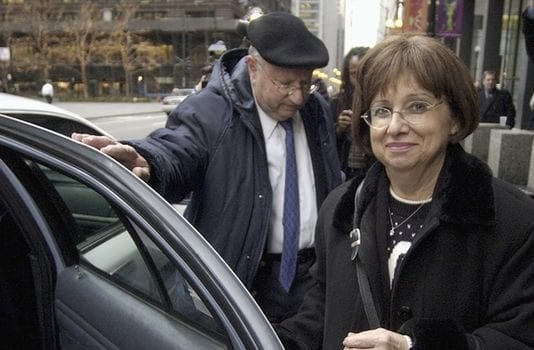 Stanley and Joyce Boim outside a federal courthouse in Chicago in 2004.