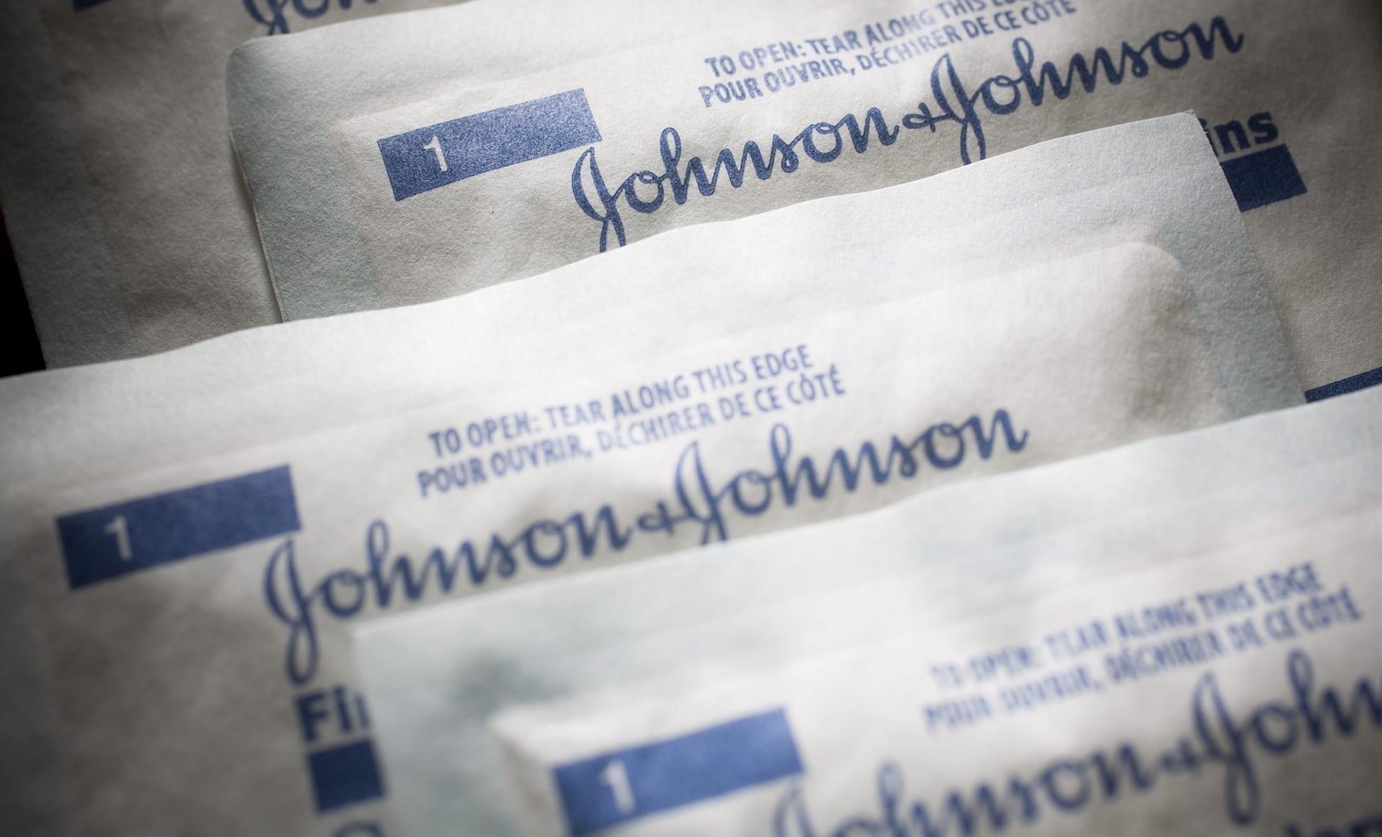 Johnson & Johnson gauze pads; Photographer: Scott Eells/Bloomberg.