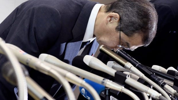 Takata CEO Shigehisa Takada bows at the beginning of a press conference in Tokyo on Monday, after the company filed for bankruptcy protection. Image courtesy of www.afr.com, Akiko Matsushita.