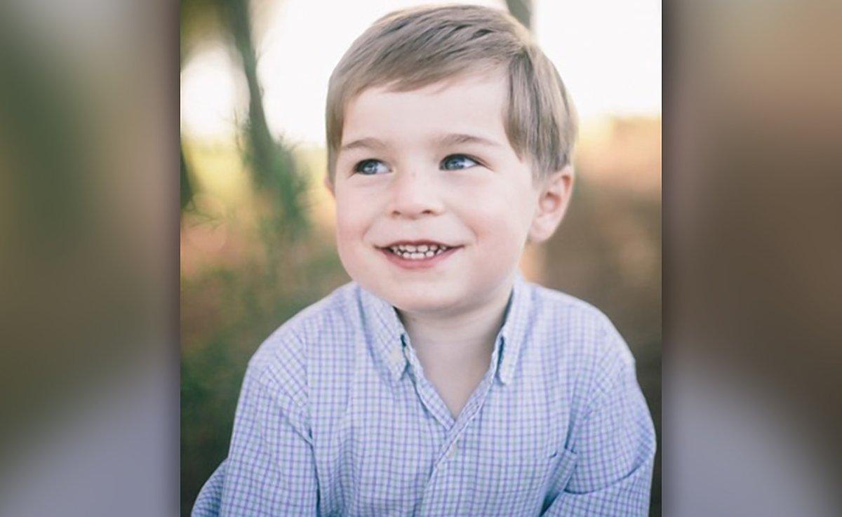 Image of Charlie Holt