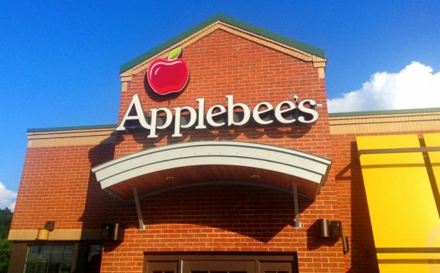 Applebee's Must Disclose Tipping Policy to Restaurant-Goers Upfront