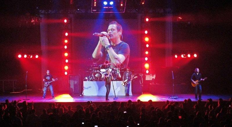 Image of 3 Doors Down in Concert