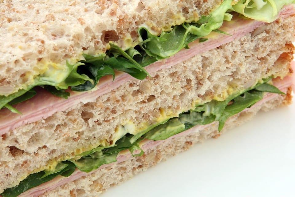 Image of a ham sandwich