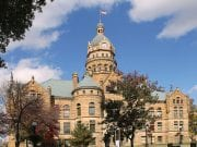 Image of the Trumbull County Courthouse