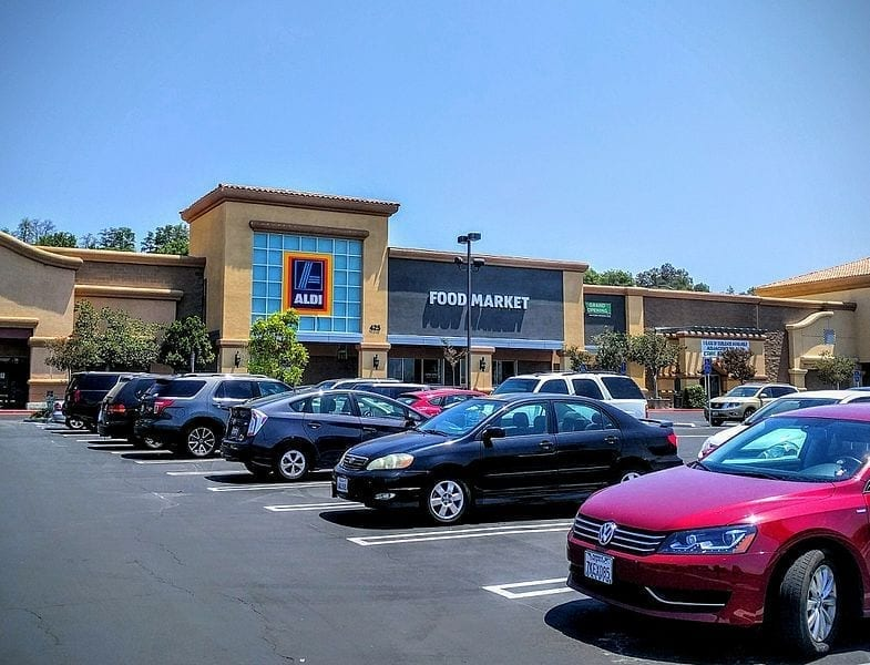 Image of an Aldi store in Simi Valley, California