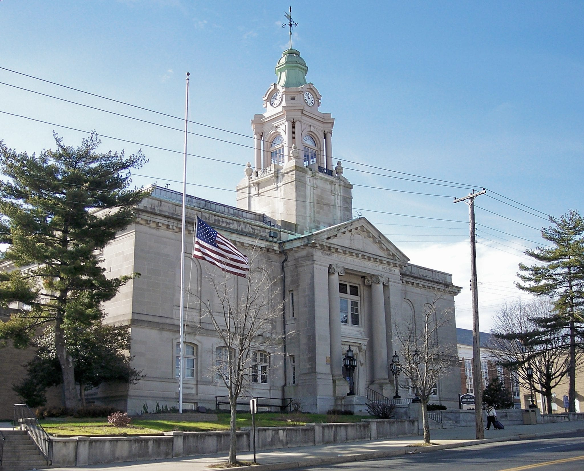 Image of the Cumberland County Courthouse in Bridgeton, New Jersey