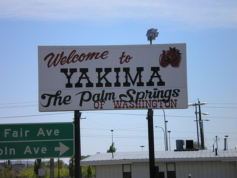 Yakima Welcome Sign