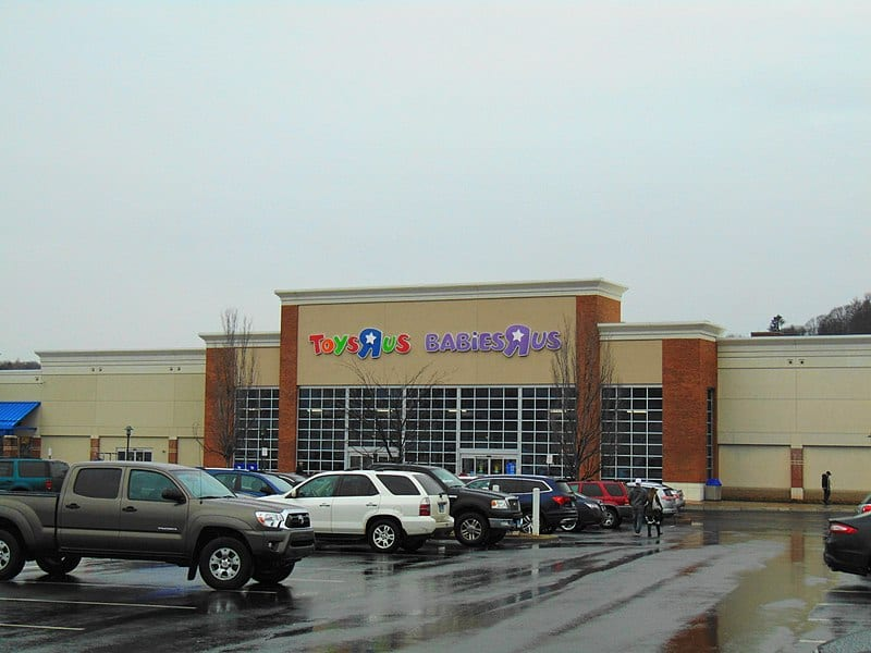 Toys 'R' Us in Waterbury, Connecticut