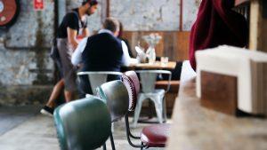 Man Leaves Struggling Restaurant Staff a $1,300 Tip