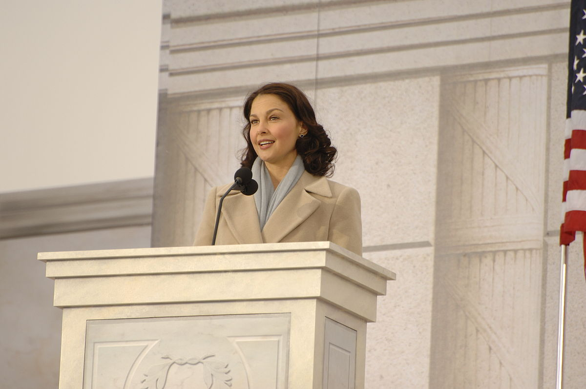 1200px Ashley Judd during the inaugural opening ceremonies.'