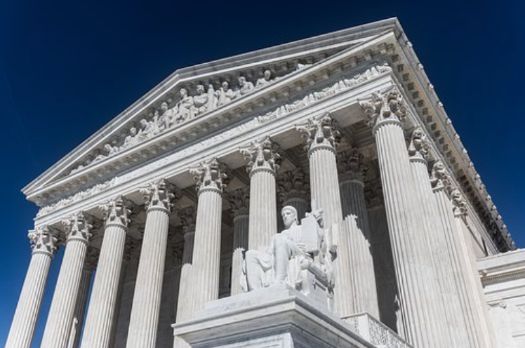 US Supreme Court building; image by Mark Thomas, via Pixabay.com.