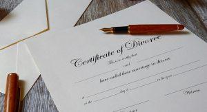 Divorce certificate - Image by Tumisu, via Pixabay.com.