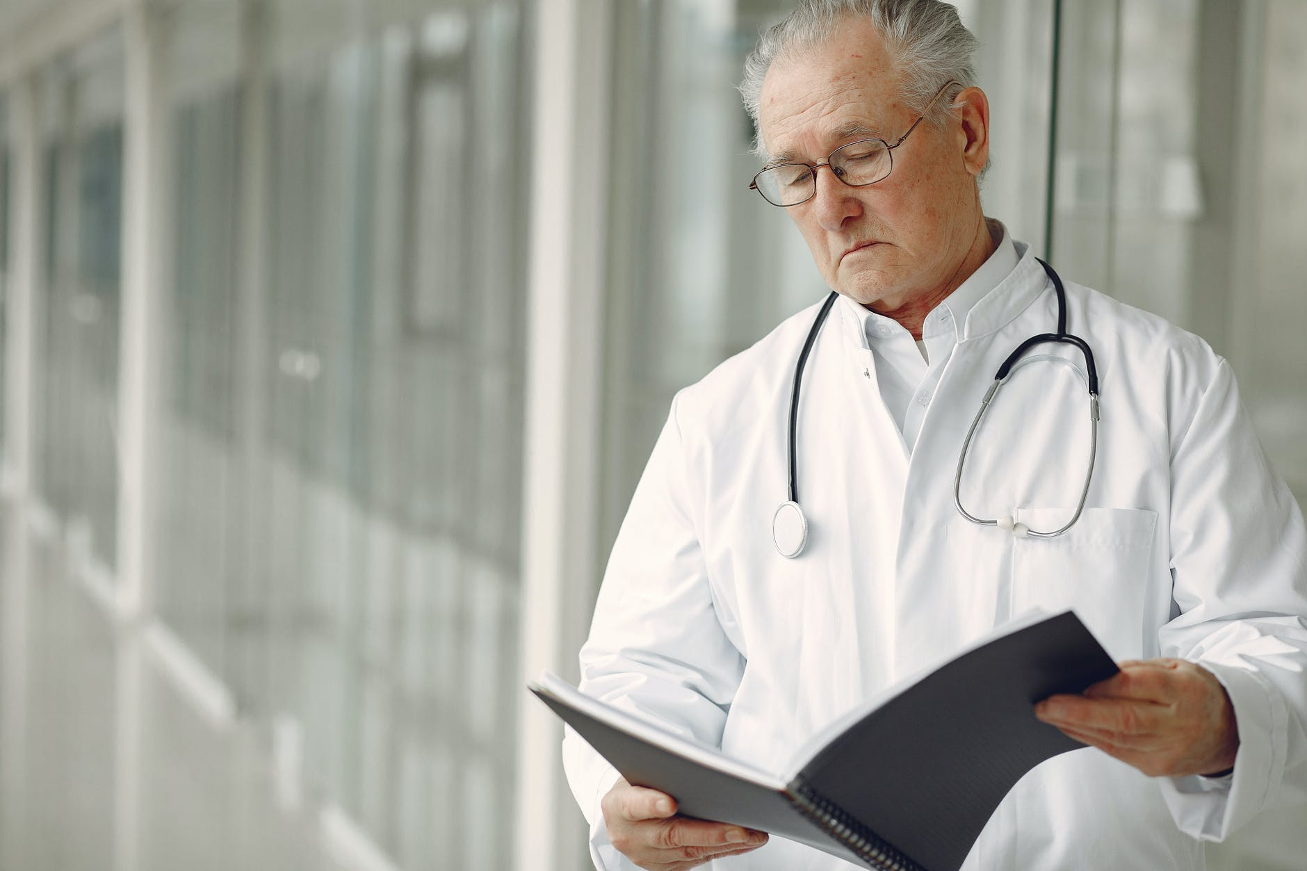 Plaintiffs Say University Let Vet Perform Surgical Duties