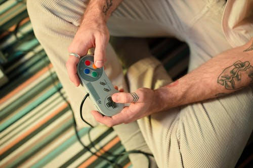 Study Will Examine the Benefits of Video Gaming for Seniors