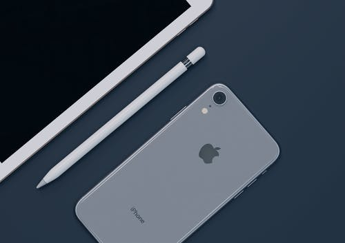 Plaintiffs Claim Apple Unfairly Withholds, Suppresses Apps